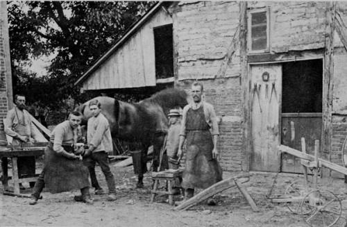 1910-Älteste-Schmiede-Sommer